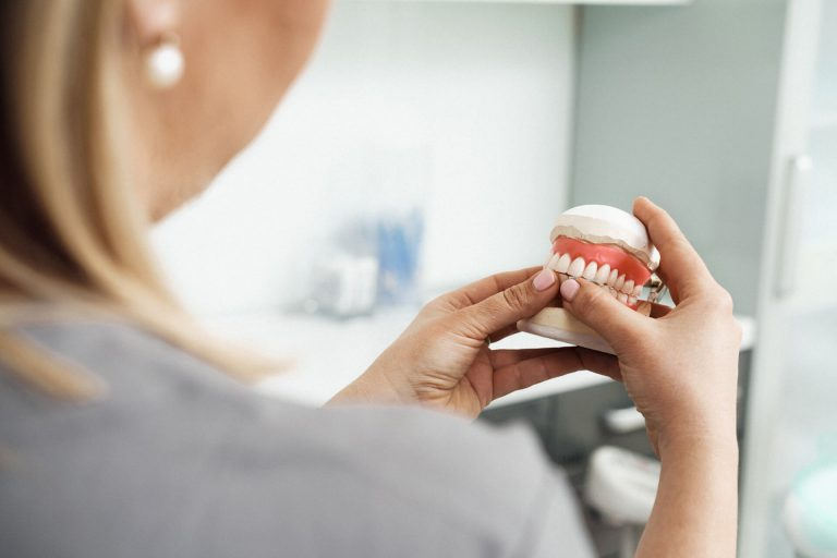 protezy zębowe Bielsko